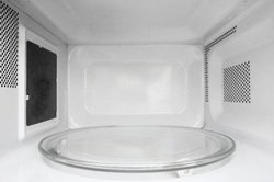 How to clean microwave with baking soda tumb